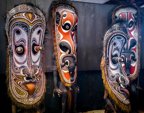 Papua New Guinean sculptures