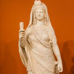 Isis/Persephone statue, marble, 2nd-century; Image by Jebulon (Own work) [CC0], via Wikimedia Commons
