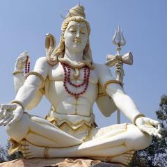 Lord Shiva statue, yoga; Image via Pixabay, CC0 Public Domain