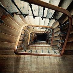 wooden spiral staircase; Image via Pixabay, CC0 Public Domain