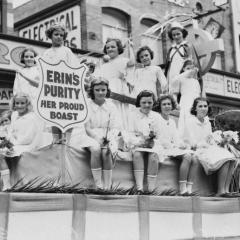 Picture of girls in the Irish parade from an older time period